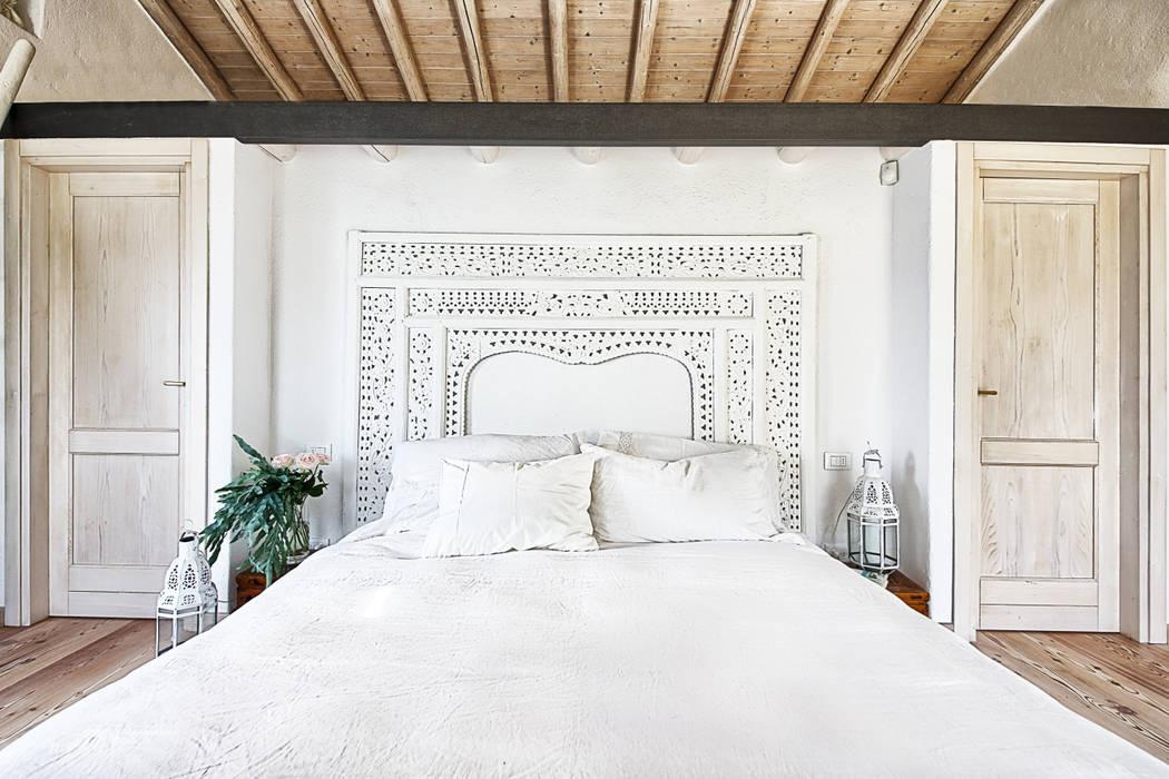 STUDIO PAOLA FAVRETTO SAGL Rustic style bedroom Concrete White
