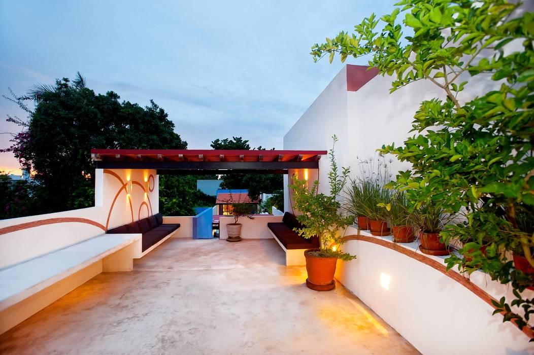 Terraza Planta Alta Balcones y terrazas mediterráneos de Taller Estilo Arquitectura Mediterráneo