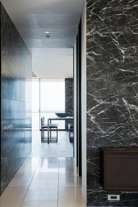 玄関・廊下 モダンな 家 の 城戸崎建築研究室 / KIDOSAKI ARCHITECTS STUDIO モダン