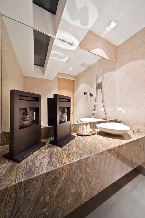 Baño Baños modernos de ARQUIPLAN Moderno