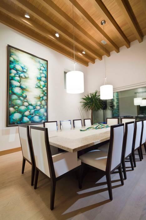 Comedor Comedores modernos de ARQUIPLAN Moderno Madera Acabado en madera