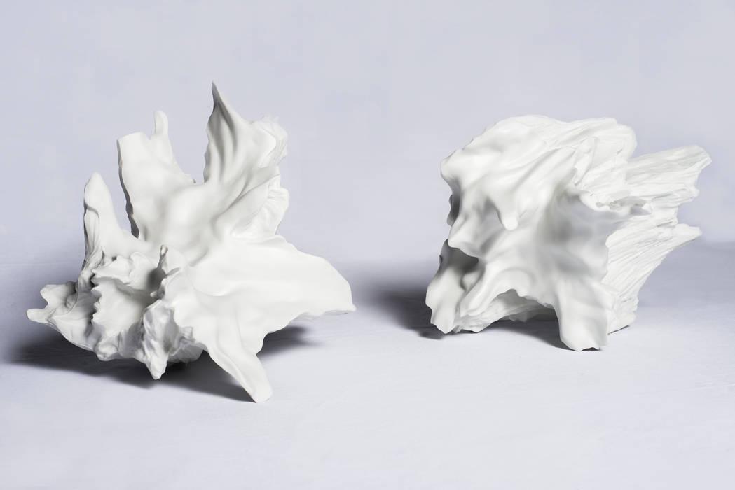 by AKASHI MURAKAMI