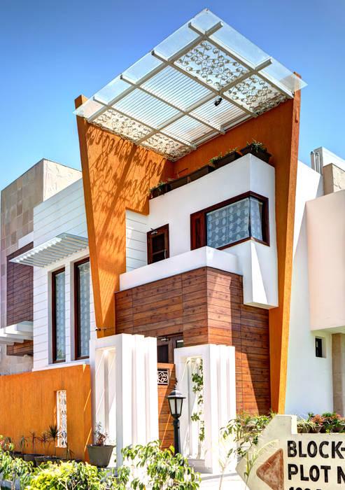 Casas estilo moderno: ideas, arquitectura e imágenes de Studio An-V-Thot Architects Pvt. Ltd. Moderno