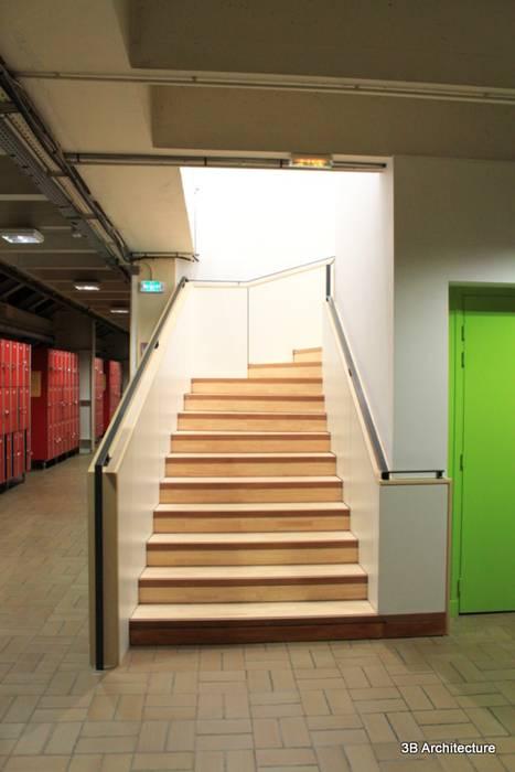 Escalier Stades modernes par 3B Architecture Moderne