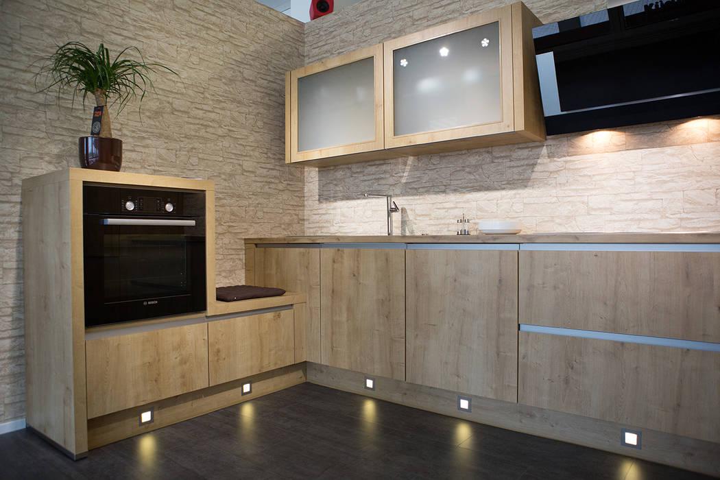 Wandgestaltung küchenstudio ausgefallene küchen von kreative ...