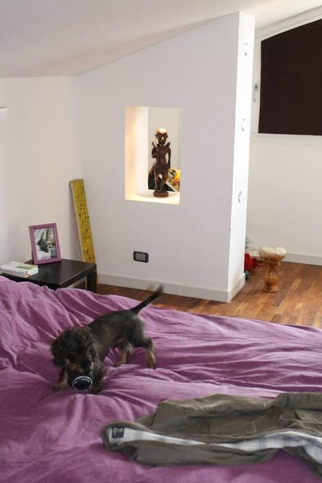 La camera da letto Case eclettiche di Studio Archifor Eclettico