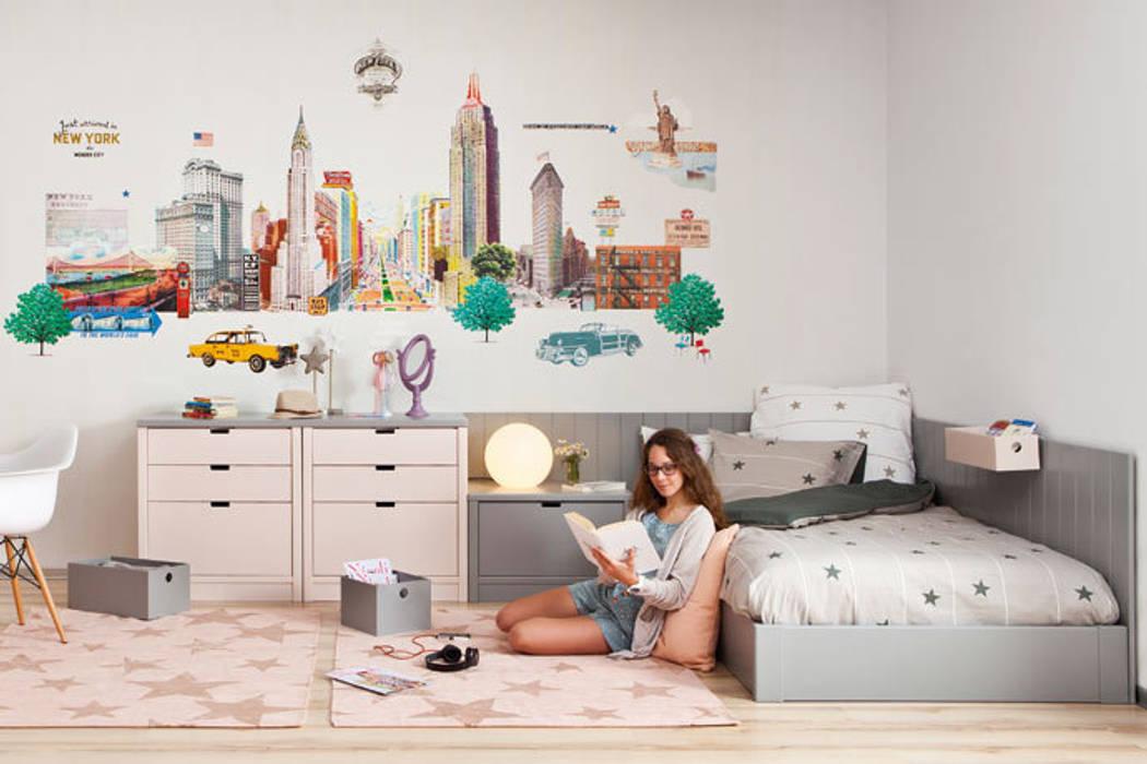 Habitación juvenil para chica adolescente Dormitorios infantiles de estilo moderno de Sofás Camas Cruces Moderno