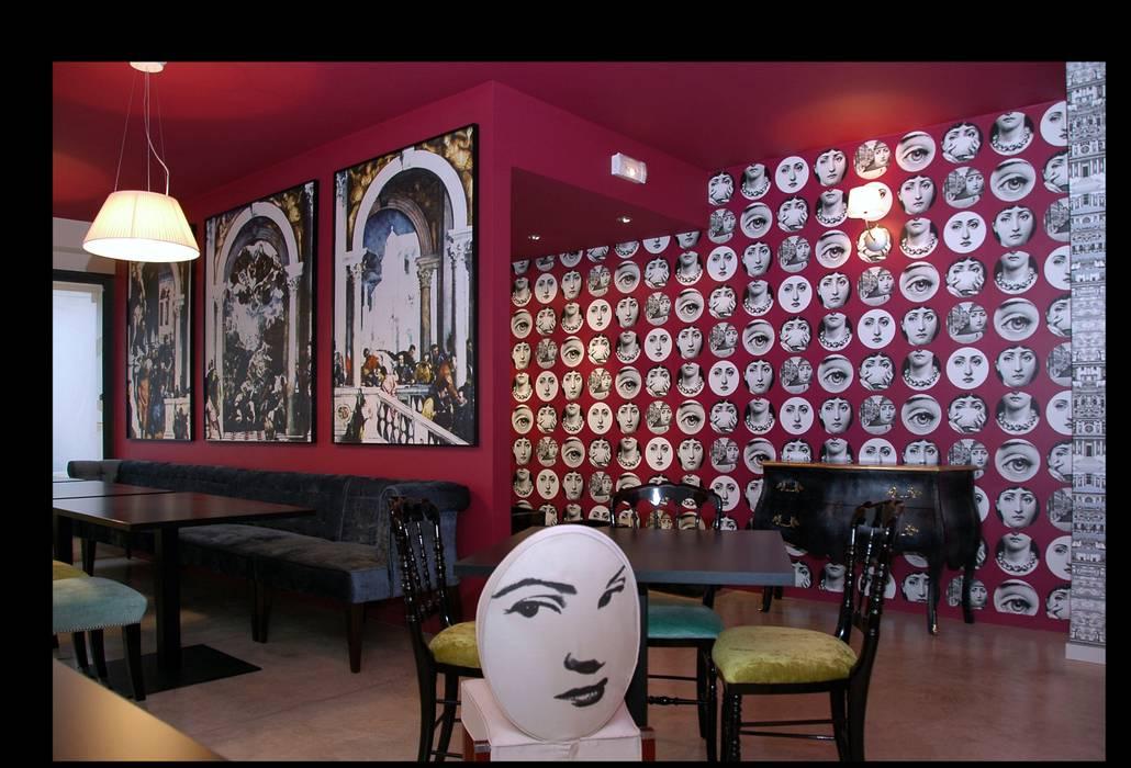 Restaurant  St Fiacre:  de style  par Saga Design
