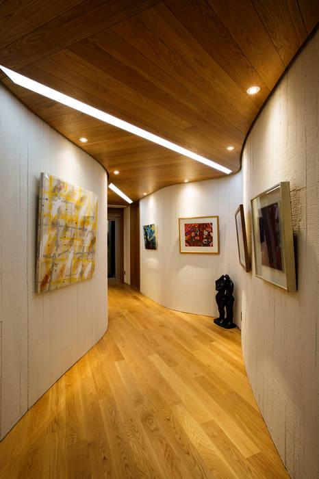Modern Corridor, Hallway and Staircase by GIP Modern