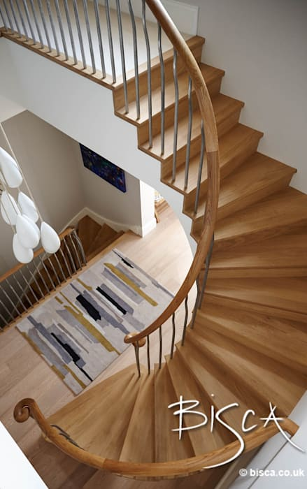 New Semi-helix of oak and forged steel Modern corridor, hallway & stairs by Bisca Staircases Modern