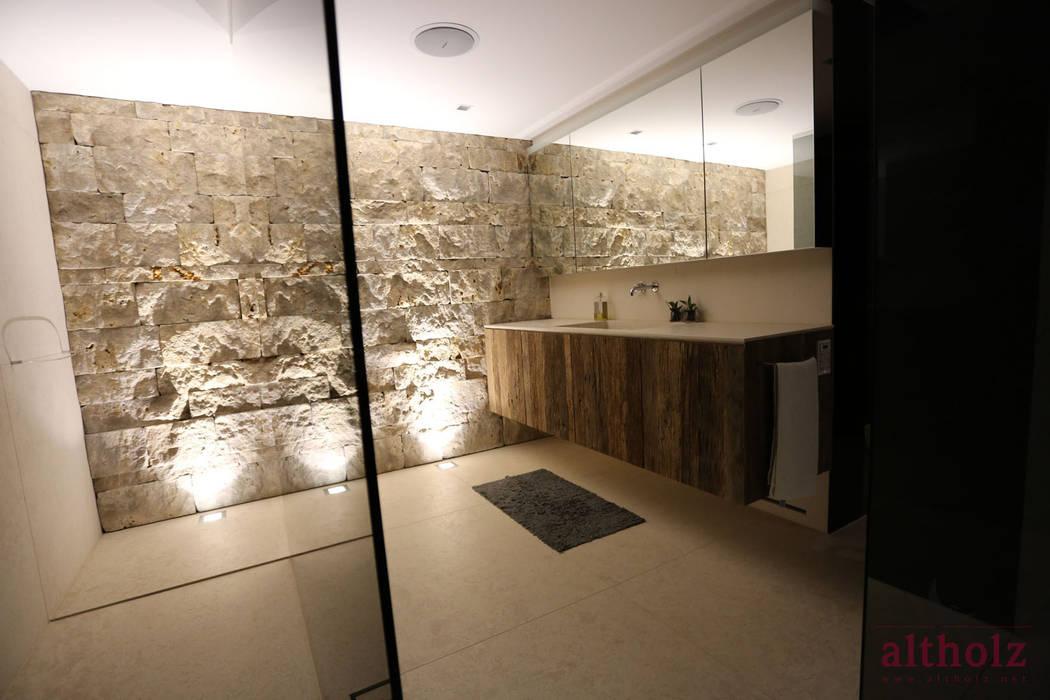 banheiros modernos por altholz baumgartner co gmbh homify. Black Bedroom Furniture Sets. Home Design Ideas