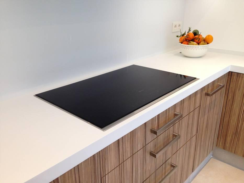 Cuisine contemporaine Cuisine moderne par Woodline Concept Moderne