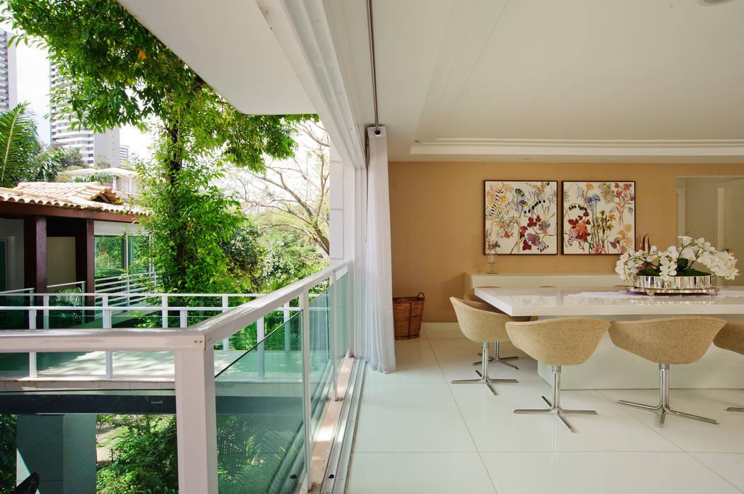 Residência Ecológica Casas modernas por Caramelo Arquitetos Associados Moderno