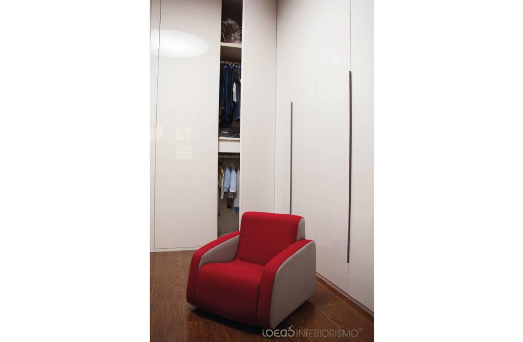Habitación Juvenil Juan y Carlos. Dormitorios infantiles de estilo moderno de Ideas Interiorismo Exclusivo, SLU Moderno