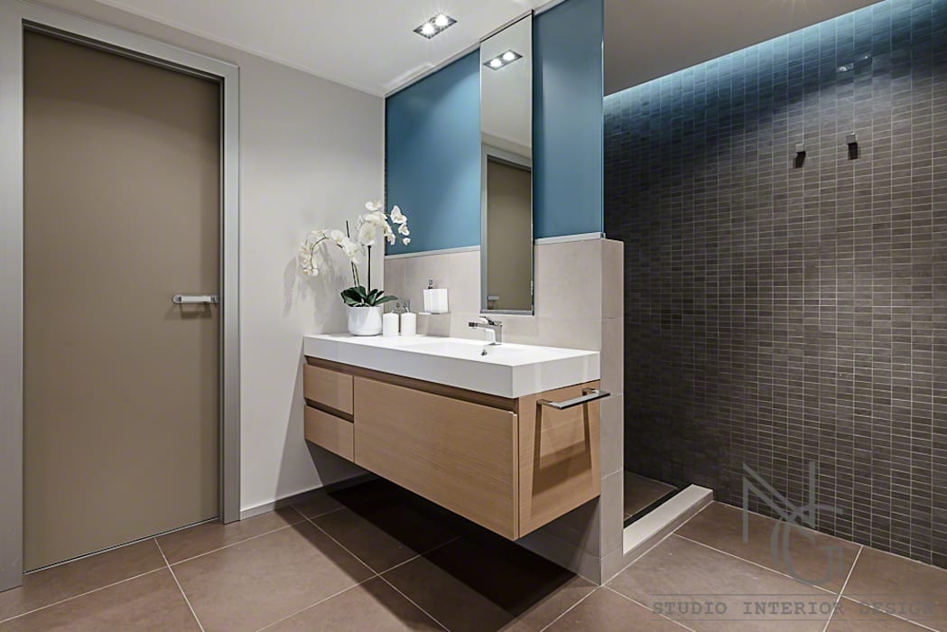 Ванные комнаты в . Автор – ArchitPhoto, Модерн