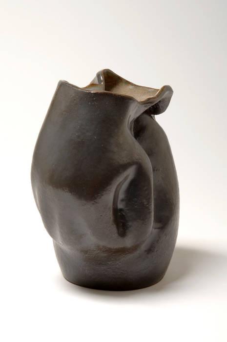 """Deux vases et une sculpture:  de style {:asian=>""""asiatique"""", :classic=>""""classique"""", :colonial=>""""colonial"""", :country=>""""de stile Rural"""", :eclectic=>""""éclectique"""", :industrial=>""""industriel"""", :mediterranean=>""""méditerranéen"""", :minimalist=>""""minimaliste"""", :modern=>""""moderne"""", :rustic=>""""rustique"""", :scandinavian=>""""scandinave"""", :tropical=>""""tropical""""} par Turzo,"""