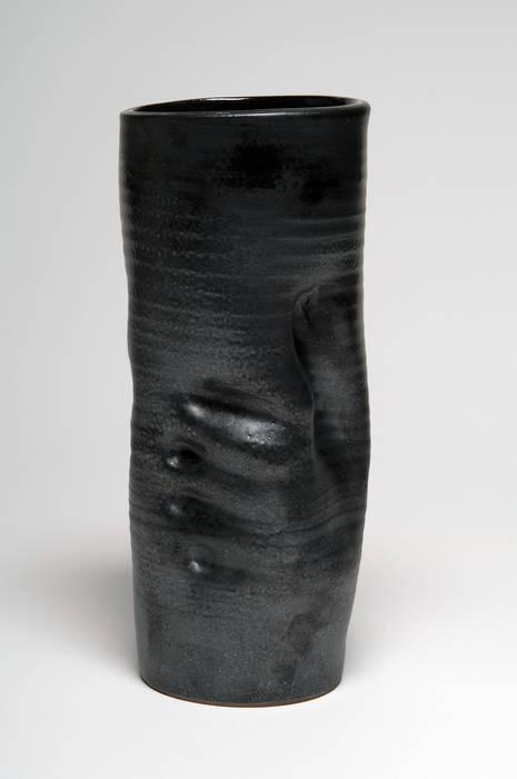 Deux vases et une sculpture:  de style  par Turzo