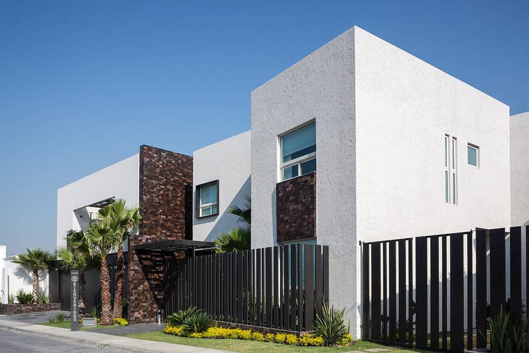 Casas de estilo  de Arquiplan, Moderno