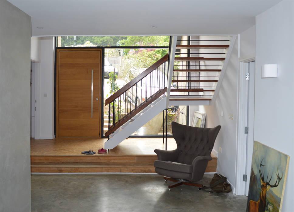 modern  by ArchitectureLIVE, Modern