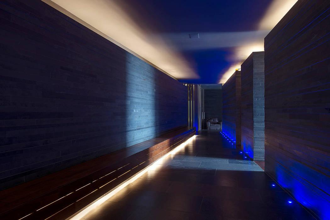 modern Spa by Serrano Monjaraz Arquitectos