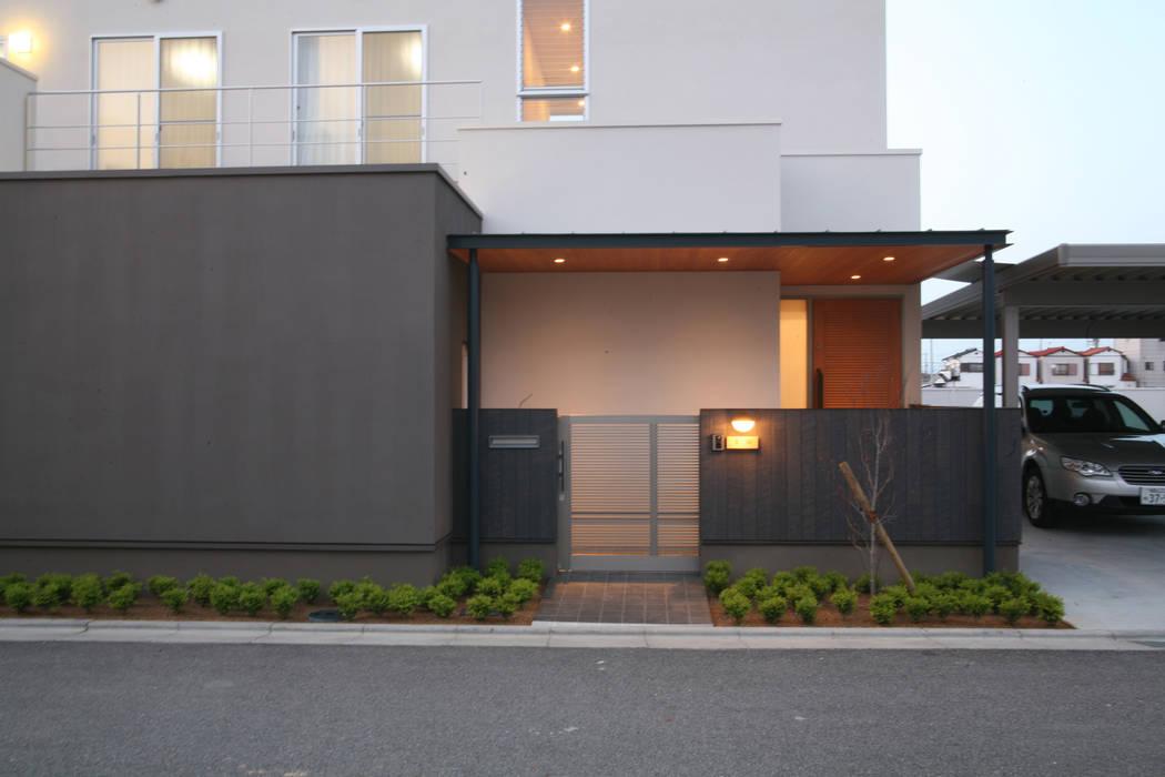 株式会社 U建築研究所 Modern houses