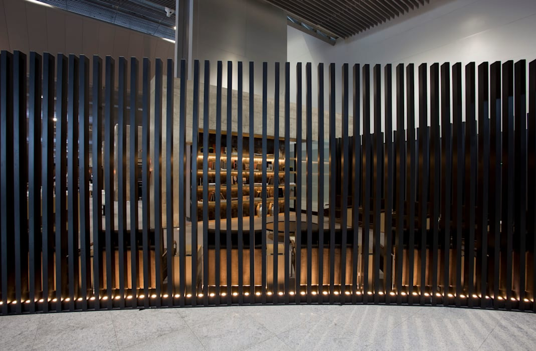Modern airports by Leticia Nobell Arquitetos Modern