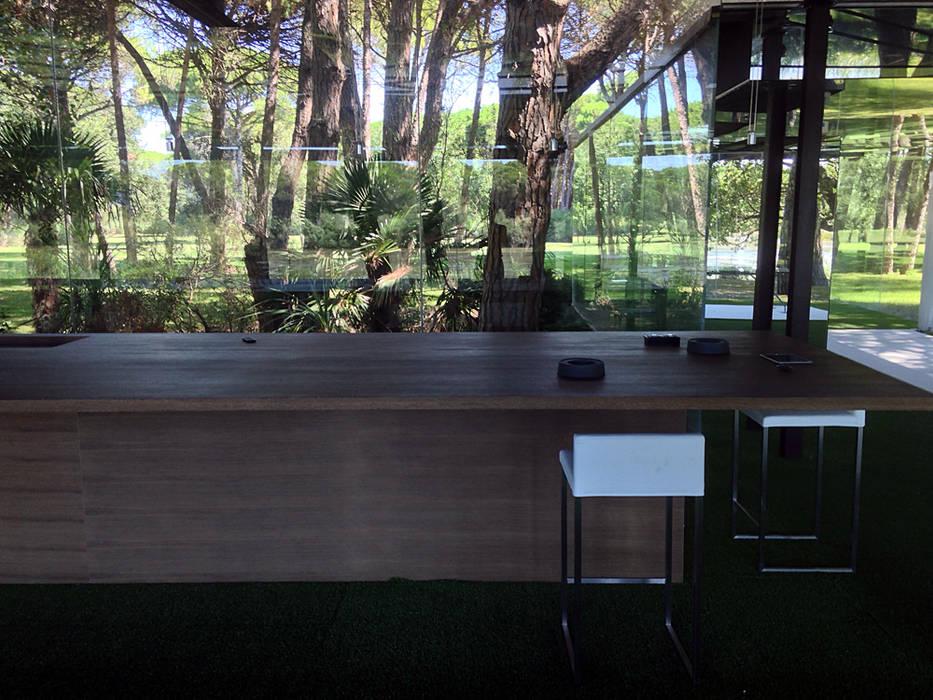 Столовые комнаты в . Автор – Clémence Polge - design d'espace x rédaction web, Модерн