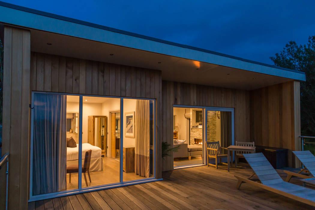 Cedarcarte Garden living Modern Houses by Applecrate Modern