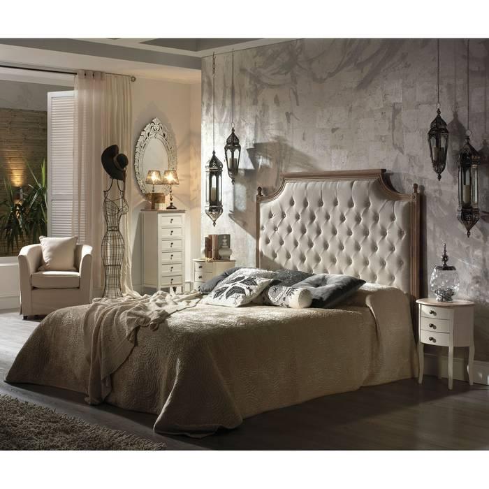 Dormitorio romantico: Dormitorios de estilo  de Muebles la toskana