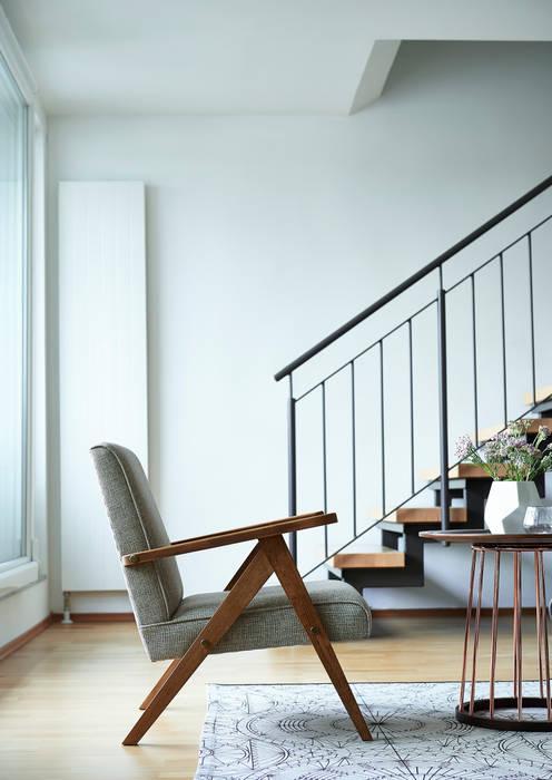 Sessel 60er jahre: wohnzimmer von politura polsterei & design | homify