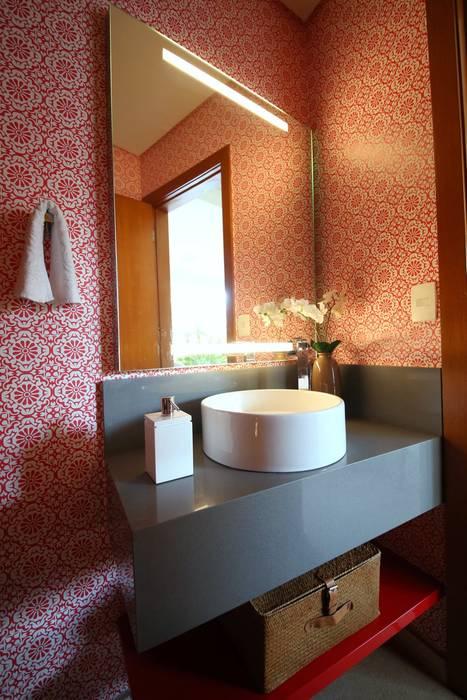 Residência Jardim Marajoara Banheiros modernos por MeyerCortez arquitetura & design Moderno