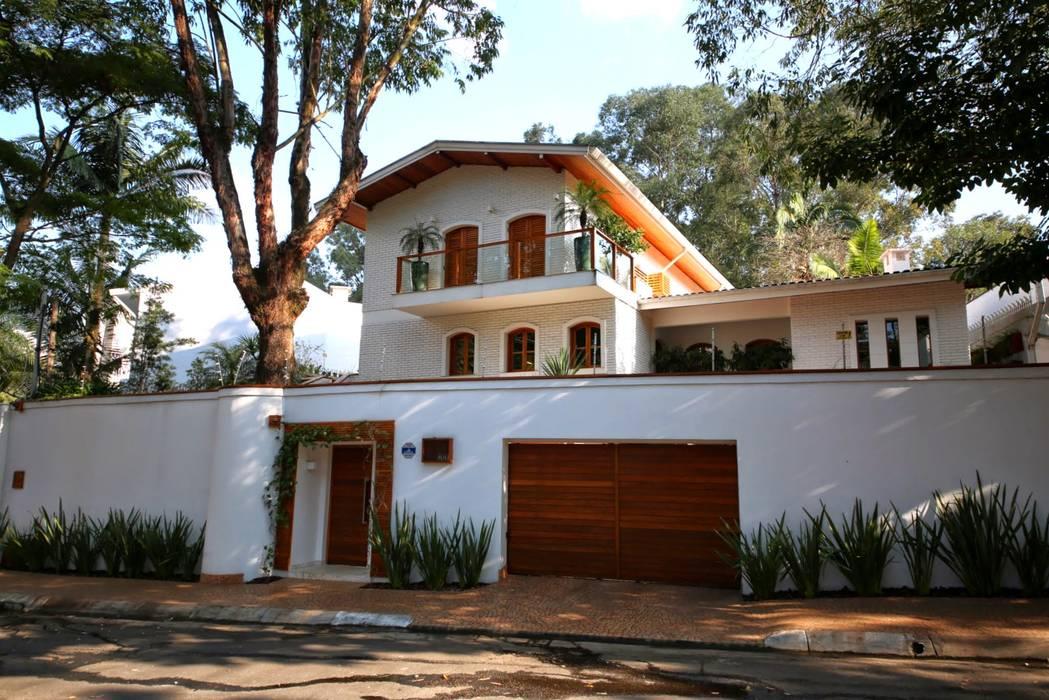 Residência Jardim Marajoara: Casas  por MeyerCortez arquitetura & design