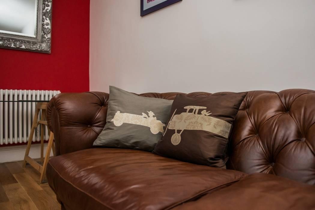 Vintage His Handmade Silk Cushions von Le Cocon Klassisch