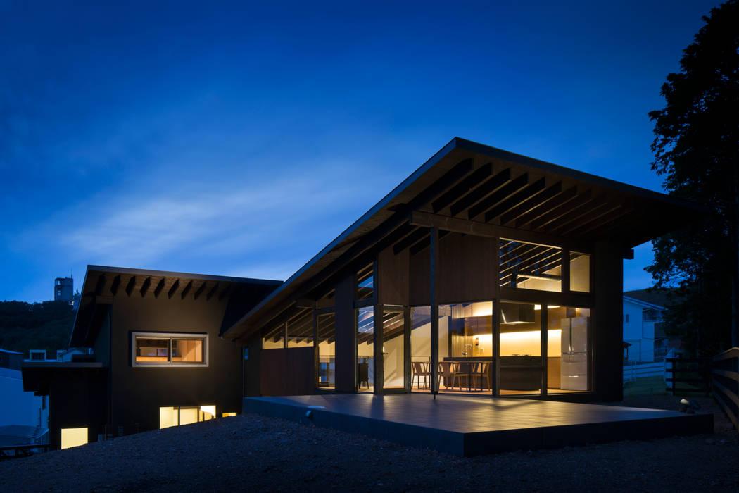 設計組織DNA Moderner Balkon, Veranda & Terrasse