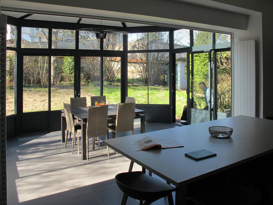 maison à Limoges Cuisine moderne par Jean-Paul Magy architecte d'intérieur Moderne