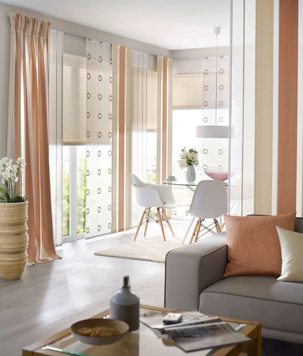 gardinen sonnenschutz plissee livingreet moderne wohnzimmer von unland international gmbh. Black Bedroom Furniture Sets. Home Design Ideas