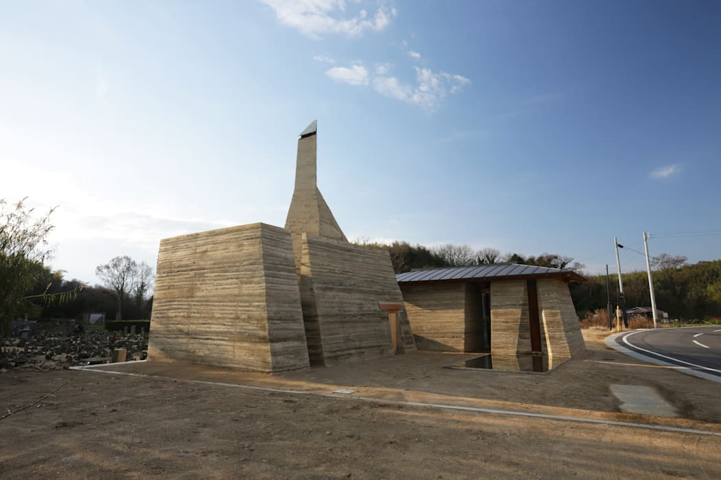 善根湯 × 版築プロジェクト 瀬戸内国際芸術祭2013: Tadashi Saito + Atelier NAVEが手掛けたです。