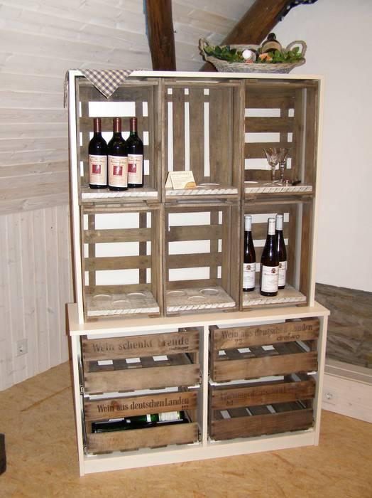 """""""Sign of Wine""""-Weinregal:   von Holz-Design Schlichter,Ausgefallen"""
