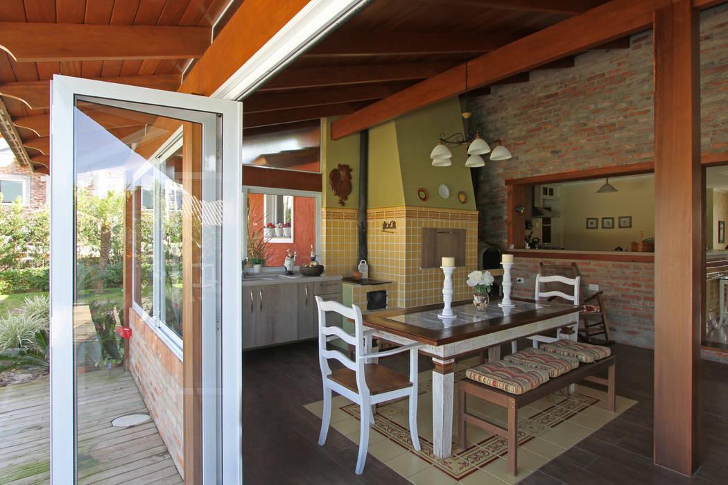 CASA DE CAMPO: Casas  por Graça Brenner Arquitetura e Interiores