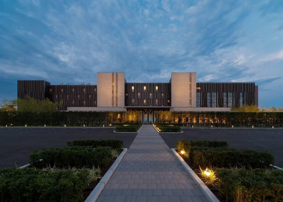NIPPON DAIRA HOTEL: WORKTECHT CORPORATIONが手掛けたホテルです。,モダン