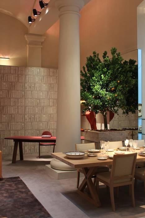 Sala da pranzo: Sala da pranzo in stile in stile Classico di Tiziano Codiferro -  Master Gardener