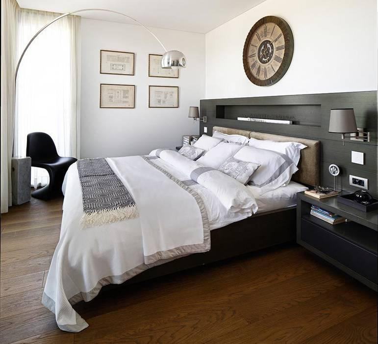 Guest bedroom Eclectic style bedroom by Esra Kazmirci Mimarlik Eclectic