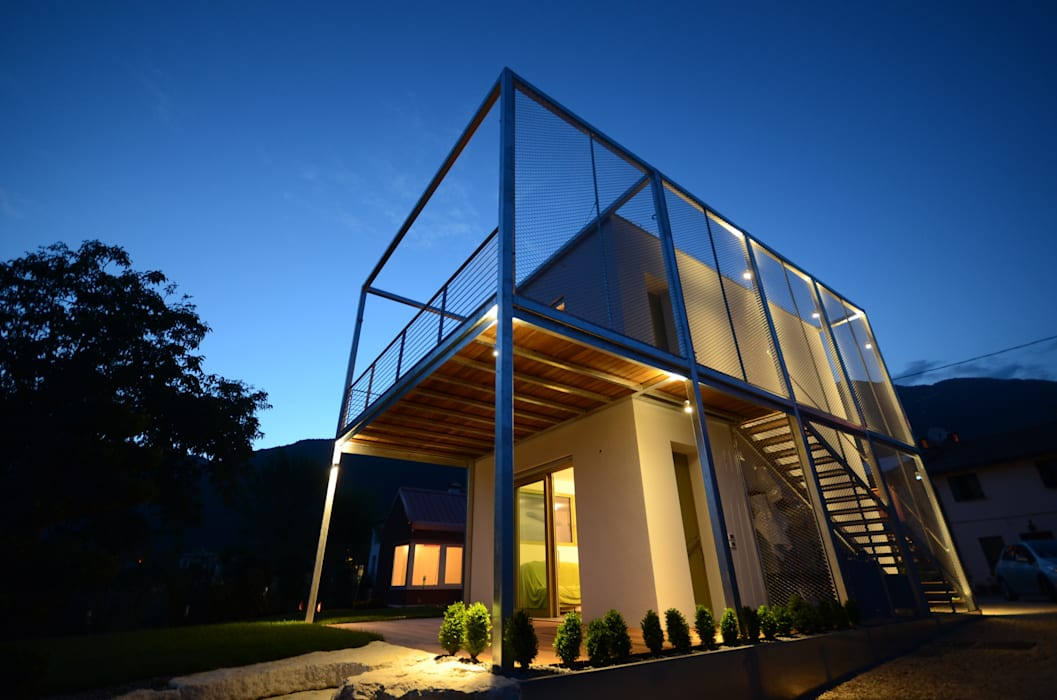"Bed & Breakfast ""In Grappa"": Case in stile in stile Minimalista di Henry Zilio Ingegnere Architetto"