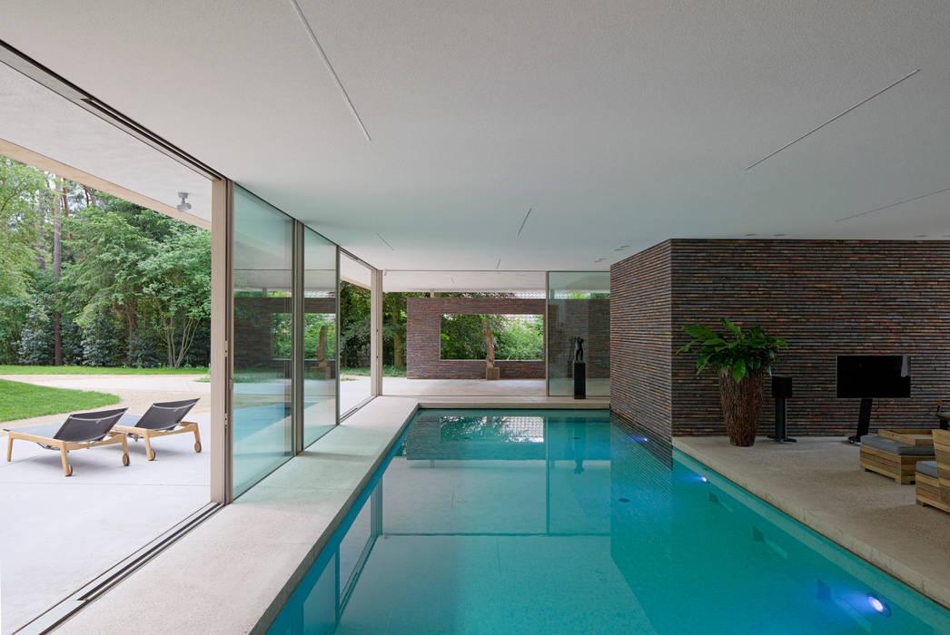 Zwembad:  Zwembad door HILBERINKBOSCH architecten