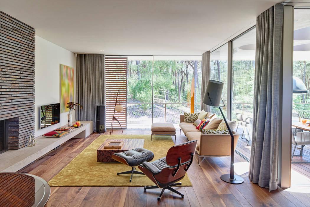 Woonkamer Moderne woonkamers van HILBERINKBOSCH architecten Modern