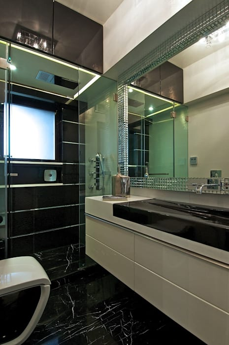 Master Bathroom Minimalist bathroom by homify Minimalist