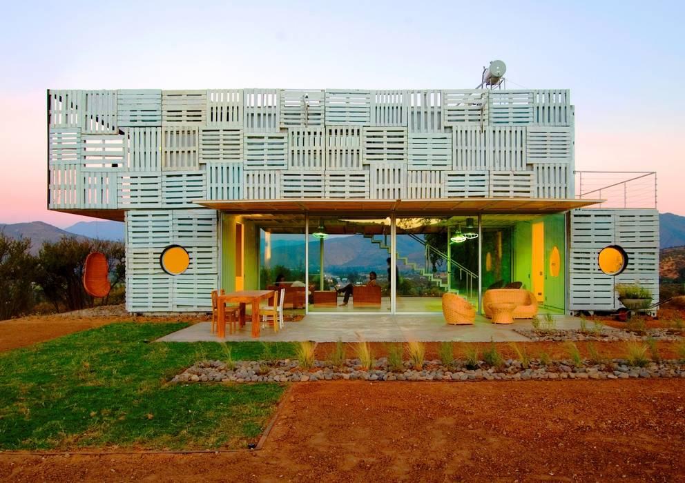 в современный. Автор – James & Mau Arquitectura, Модерн