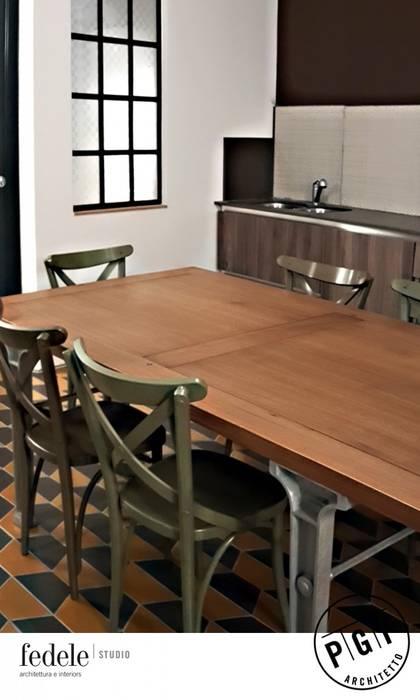 Tavolo Della Cucina.Le Sedie Anni 50 Intorno Al Tavolo Della Cucina Cucina
