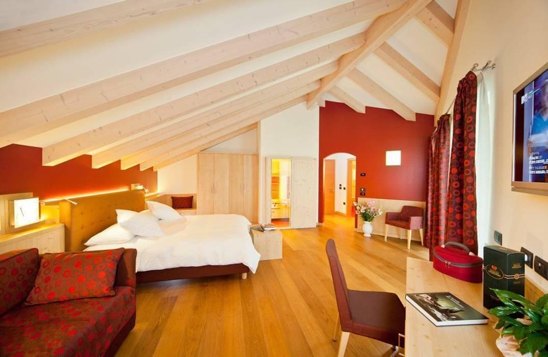 eco Hotel Viridis: Hotel in stile  di ASCANIO ZOCCHI