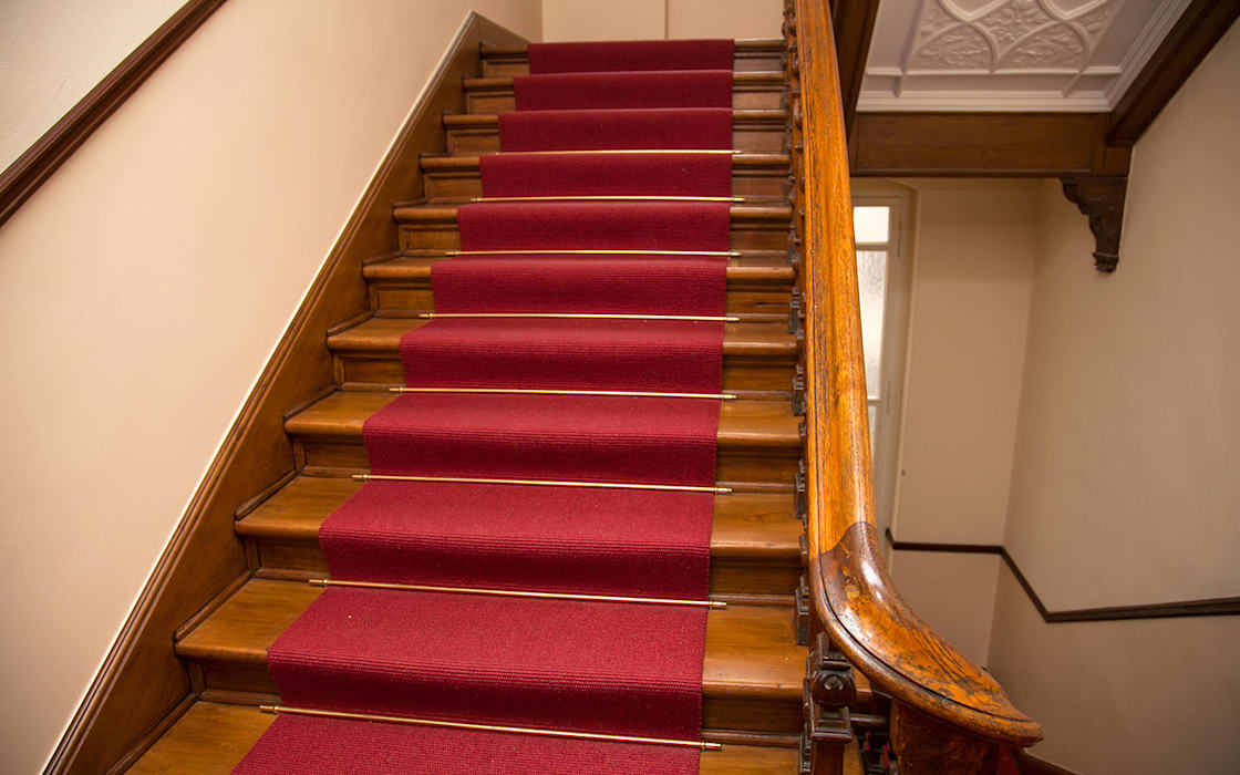 Teppichkontor Rustic style corridor, hallway & stairs